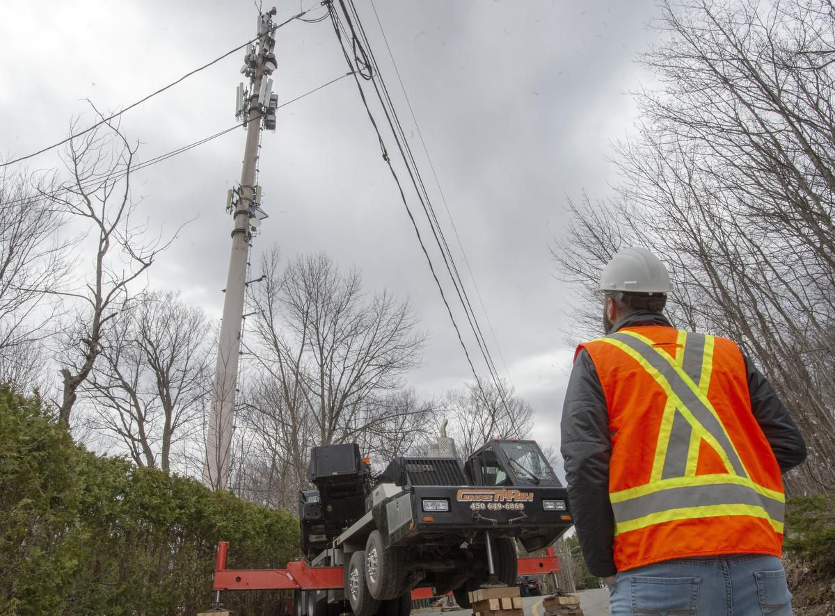Trudeau says vandals setting fire to Cell Towers will face serious criminal charges…