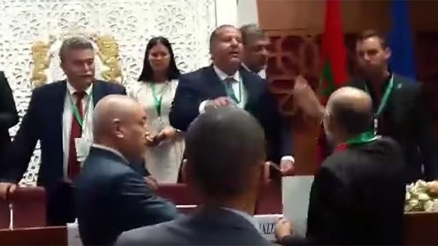 נתניהו ועמיר פרץ נלחמים על פגישה עם מלך מרוקו-מי שיפגש עם המלך יקבל את קולות המרוקאים? ?u=https%3A%2F%2Fimages1.ynet.co.il%2FPicServer5%2F2017%2F10%2F08%2F8078323%2F807832201000100640360no