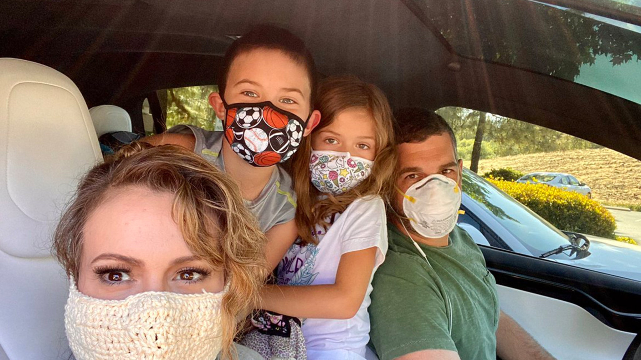 Alyssa Milano Shows Off Crocheted Mask, Notes Filter Inside