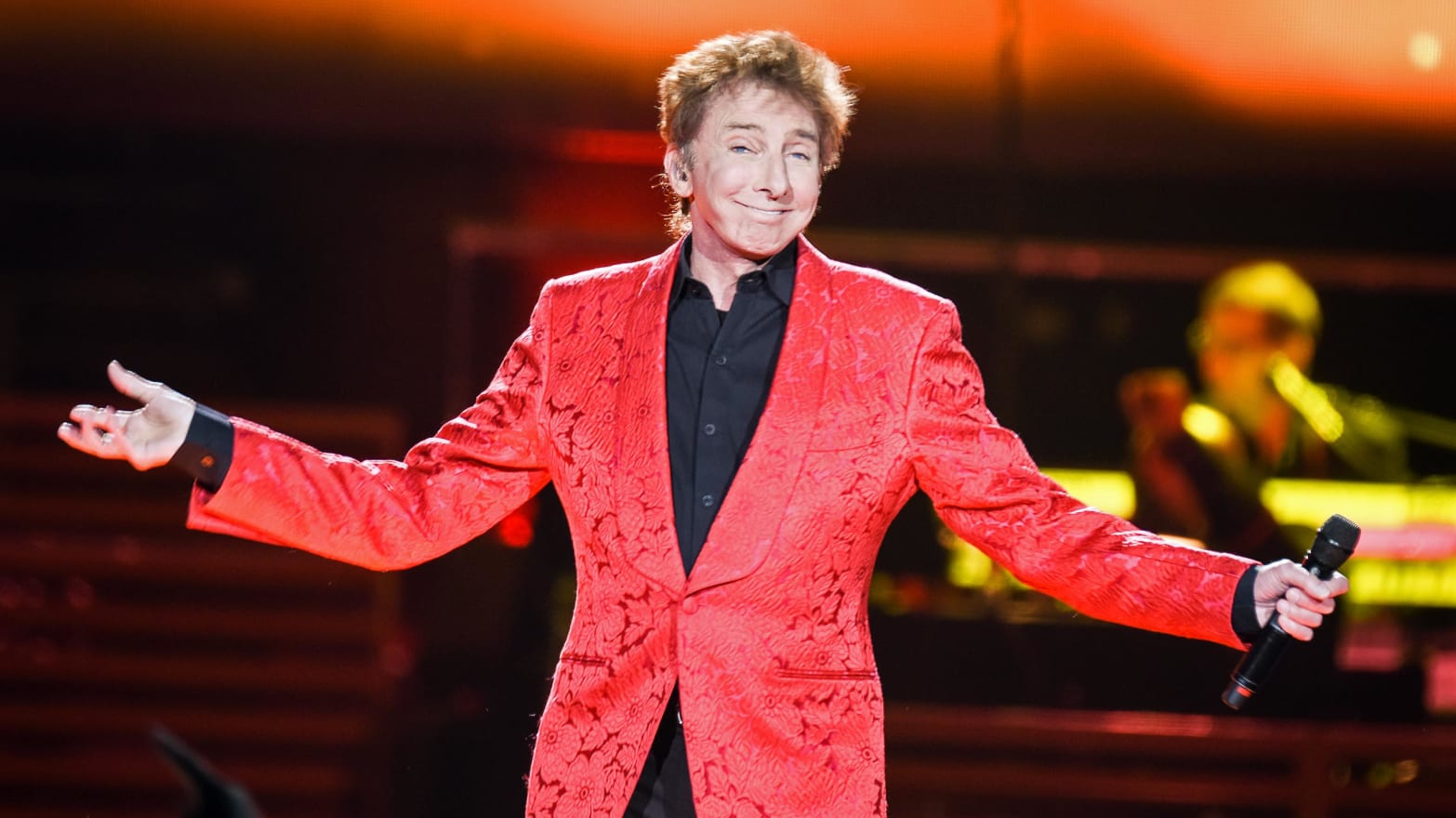 Why It Took Barry Manilow So Long to Come Out