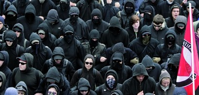 Green (Living) Review: Antifa, Black-bloc and other so ...