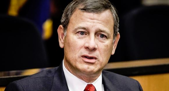 Roberts drifts away from conservative bloc, angering Republicans and exciting the left…