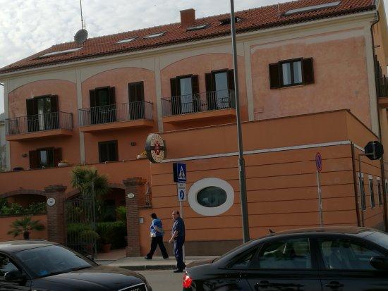 Sapri, 90enne cade in casa e si frattura femore e braccio. Salvata dai Carabinieri della Stazione dopo tre giorni.