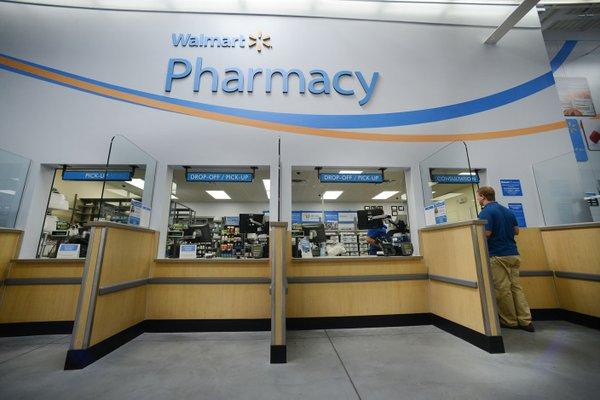 Pharmacies at Walmart, Sam's Club move to set opioid limits