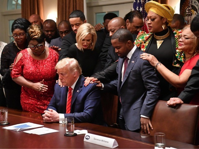 Photos: Black Leaders Pray for Trump at Black History ...