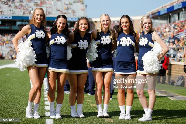 Notre Dame Cheerleaders Stock Pictures, Royalty-free ...