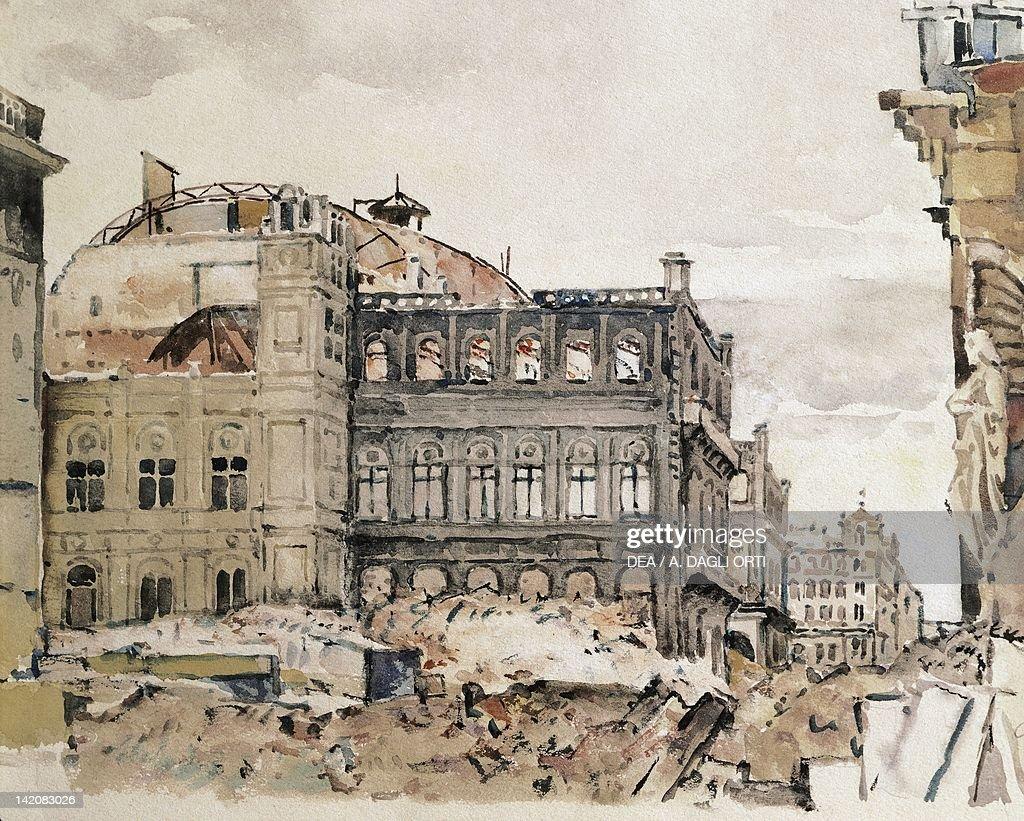 Vienna Opera destroyed at the end of World War II Austria ...