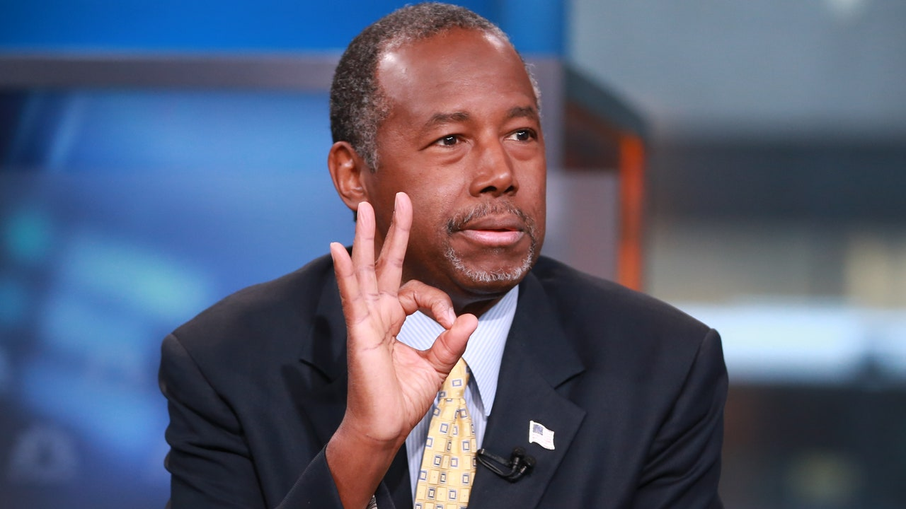 Ben Carson, a Doctor, Explains That Slaves Were Just ...