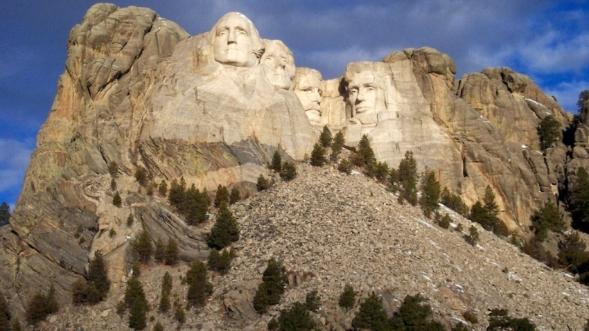 "Native Americans protesting Trump trip to Mount Rushmore, Claim its a symbol of ""White Supremacy""…"