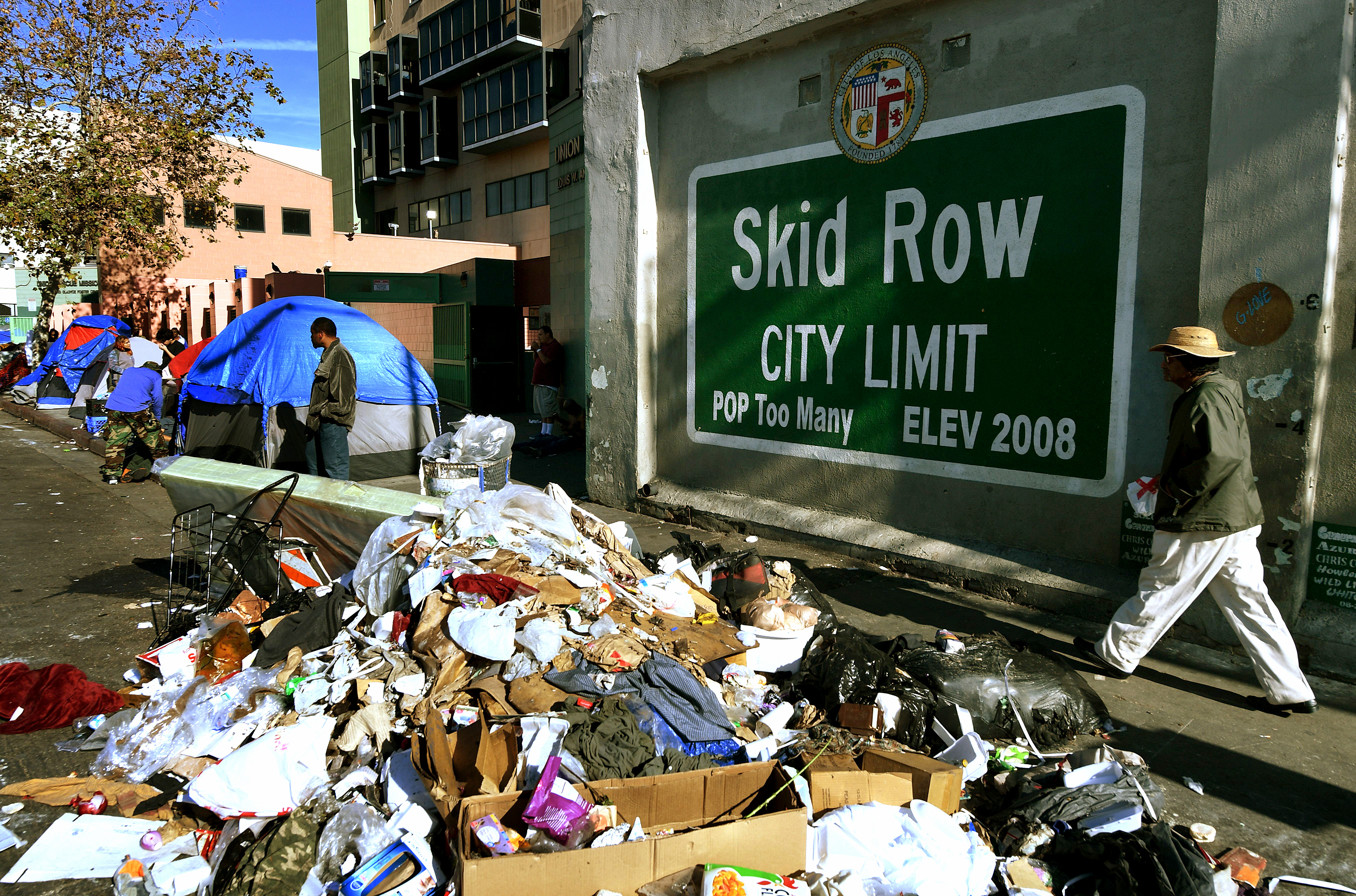 'Typhus zone': Rats and trash infest Los Angeles' skid row ...