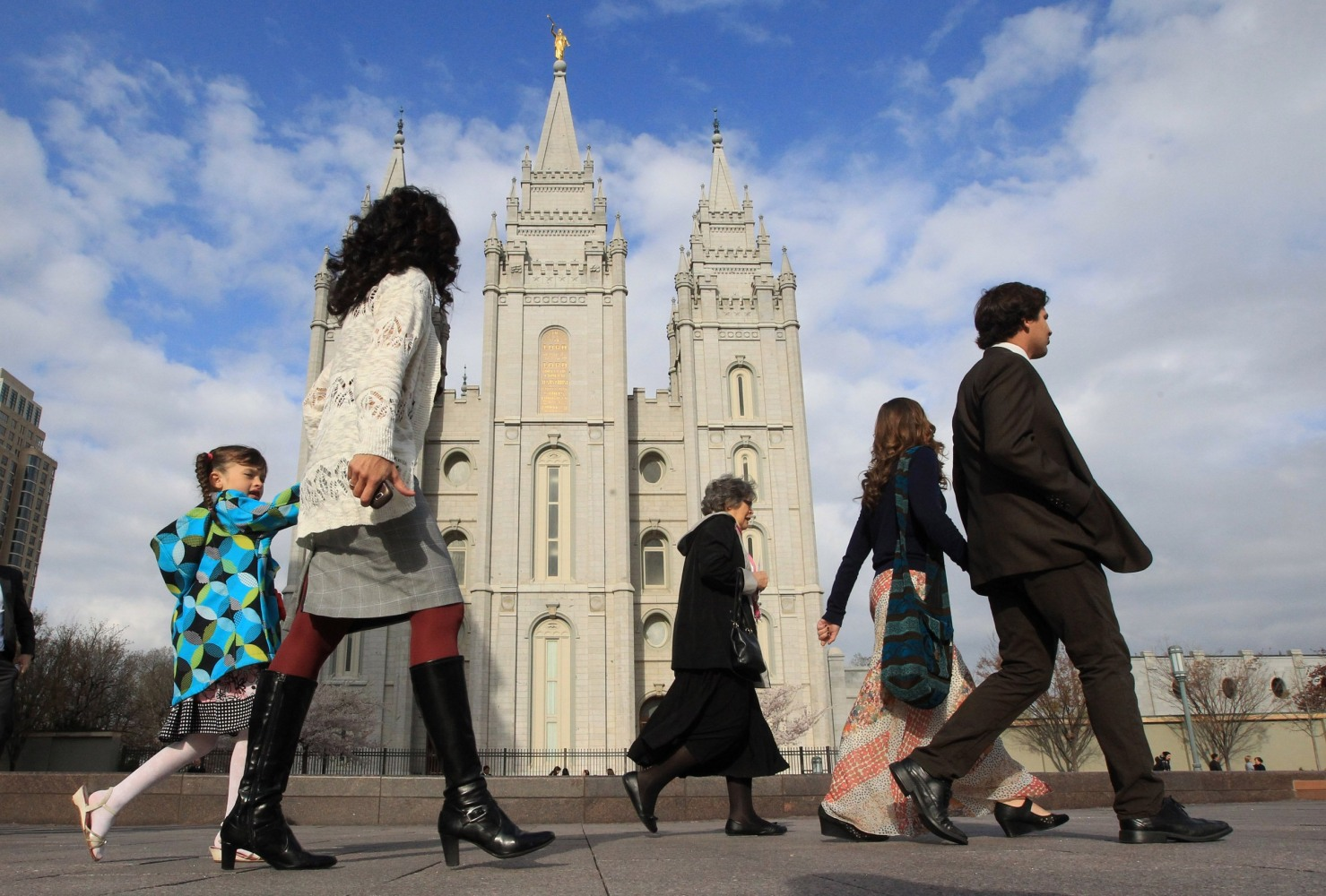Hundreds of Mormons Leaving Church Over Same-Sex Marriage Stance - NBC News
