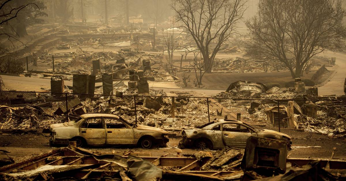 PG&E Pleads Guilty to Killing 84 People in 2018 'Camp Fire'