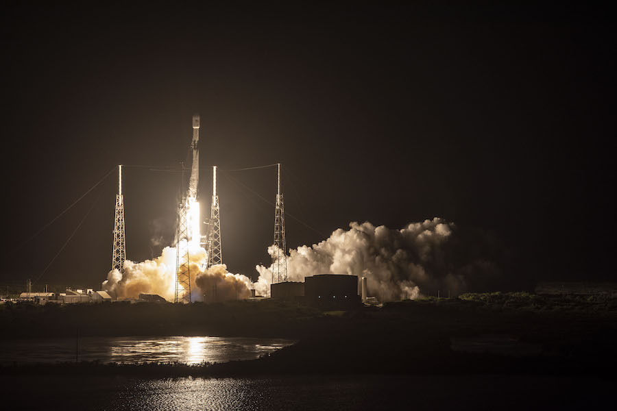 FCC approves SpaceX to deploy up to 1 million small antennas for Starlink internet network…