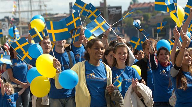 Sweden: 18,000 Asylum Seekers from 2015 Now Given EU Citizenship…