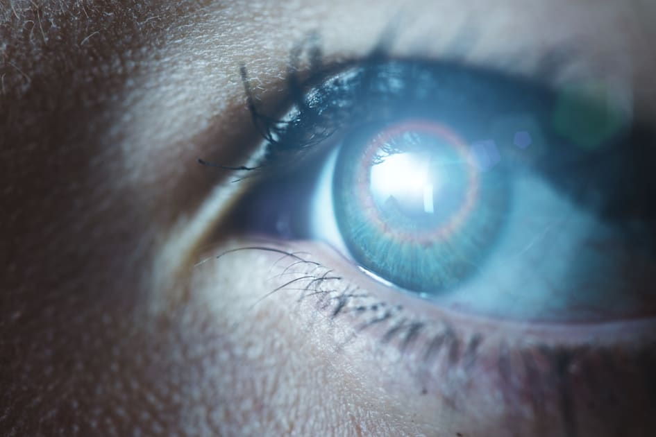 Scientists create a cyborg eye that mimics the real thing. It could even be powered by sunlight…