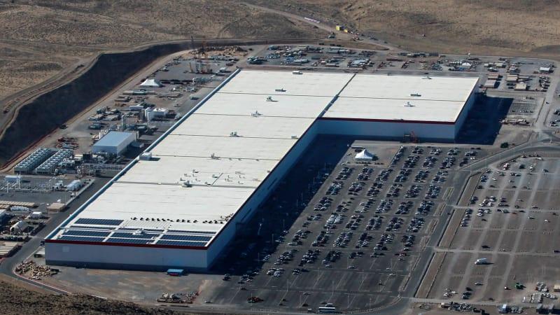 Tesla chooses site of Chinese Gigafactory | Autoblog