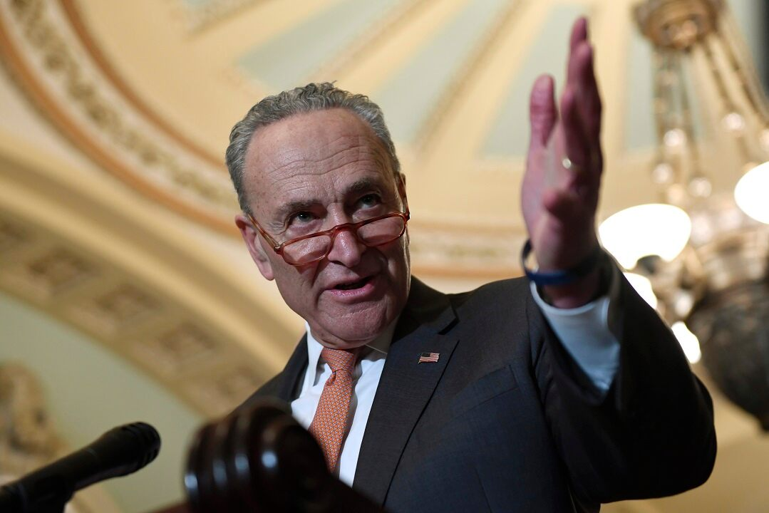 Schumer: Trump won't veto defense bill over renaming ...