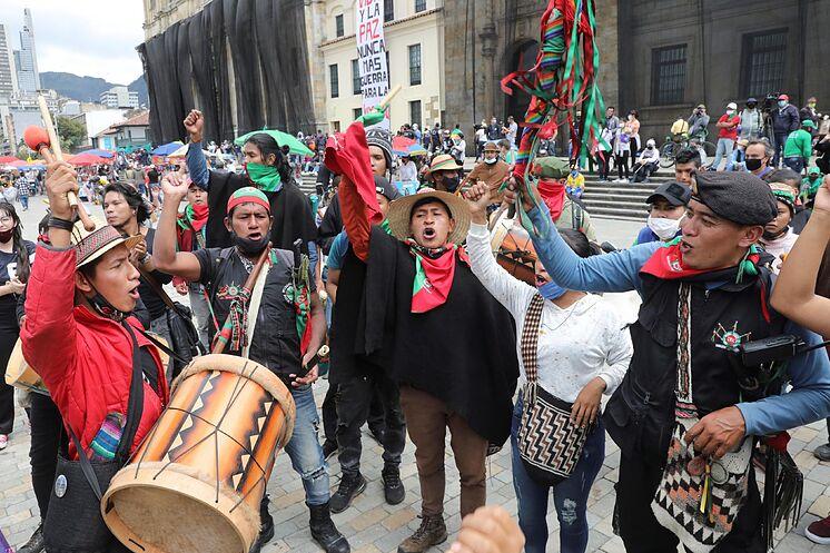 Paro nacional en Colombia de indígenas y sindicatos contra ...