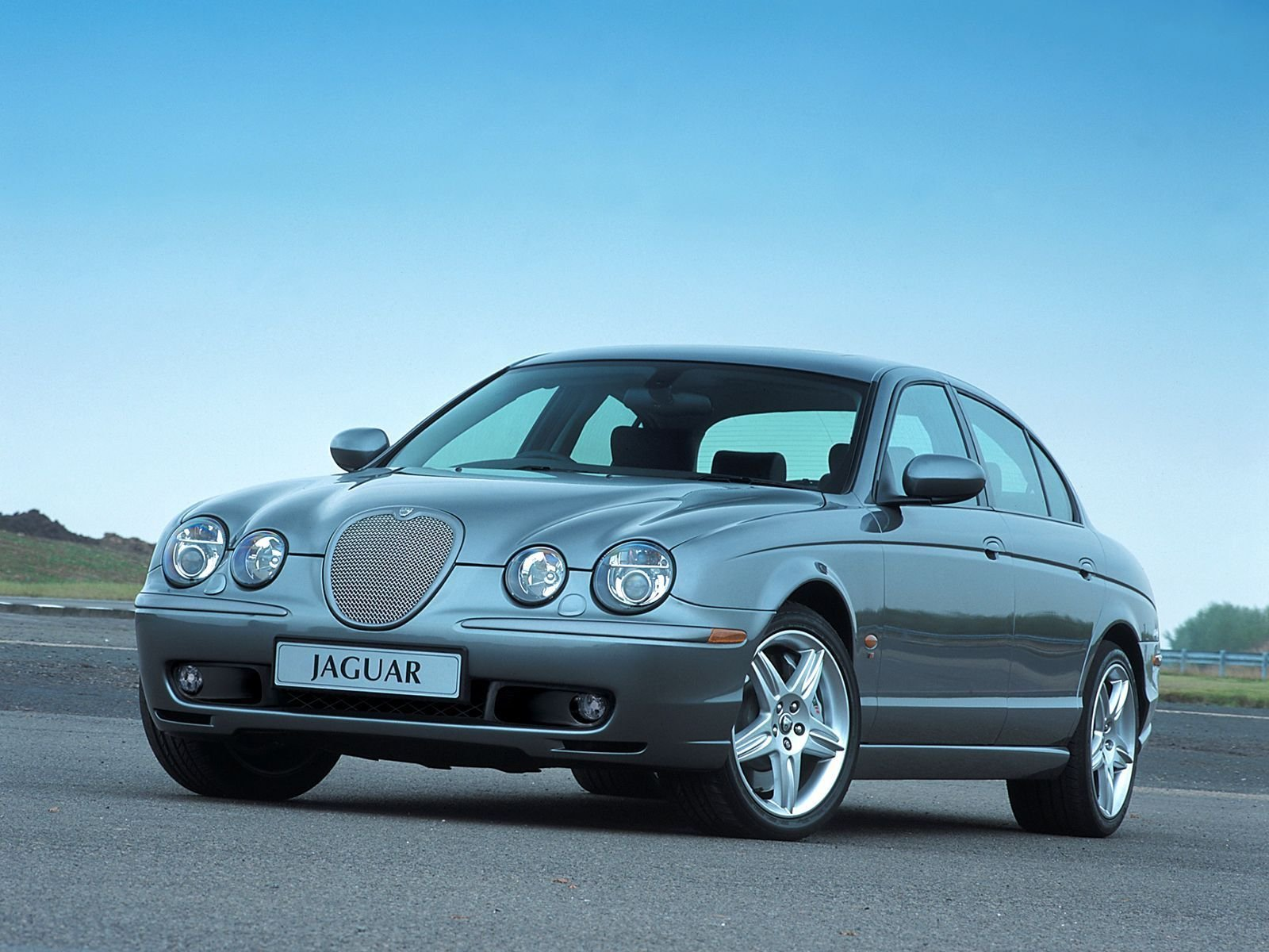 2004 Jaguar S-type Review - Top Speed