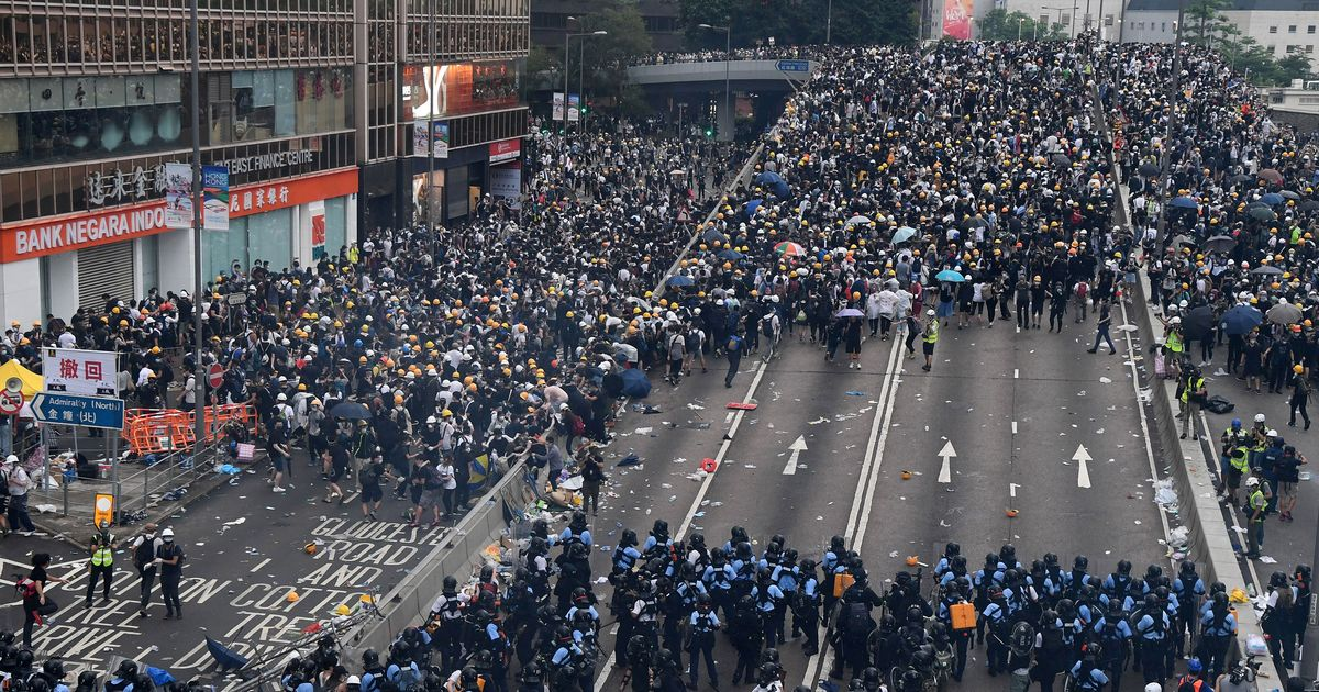 Hong Kong Protests: Massive Crowds and Police Clashes
