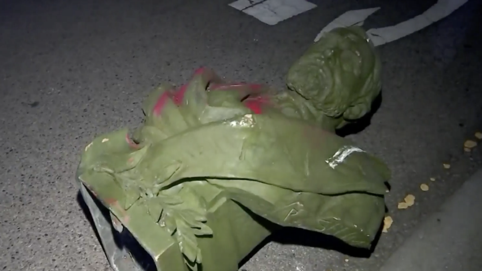 Protesters tear down statues of Union general Ulysses S ...
