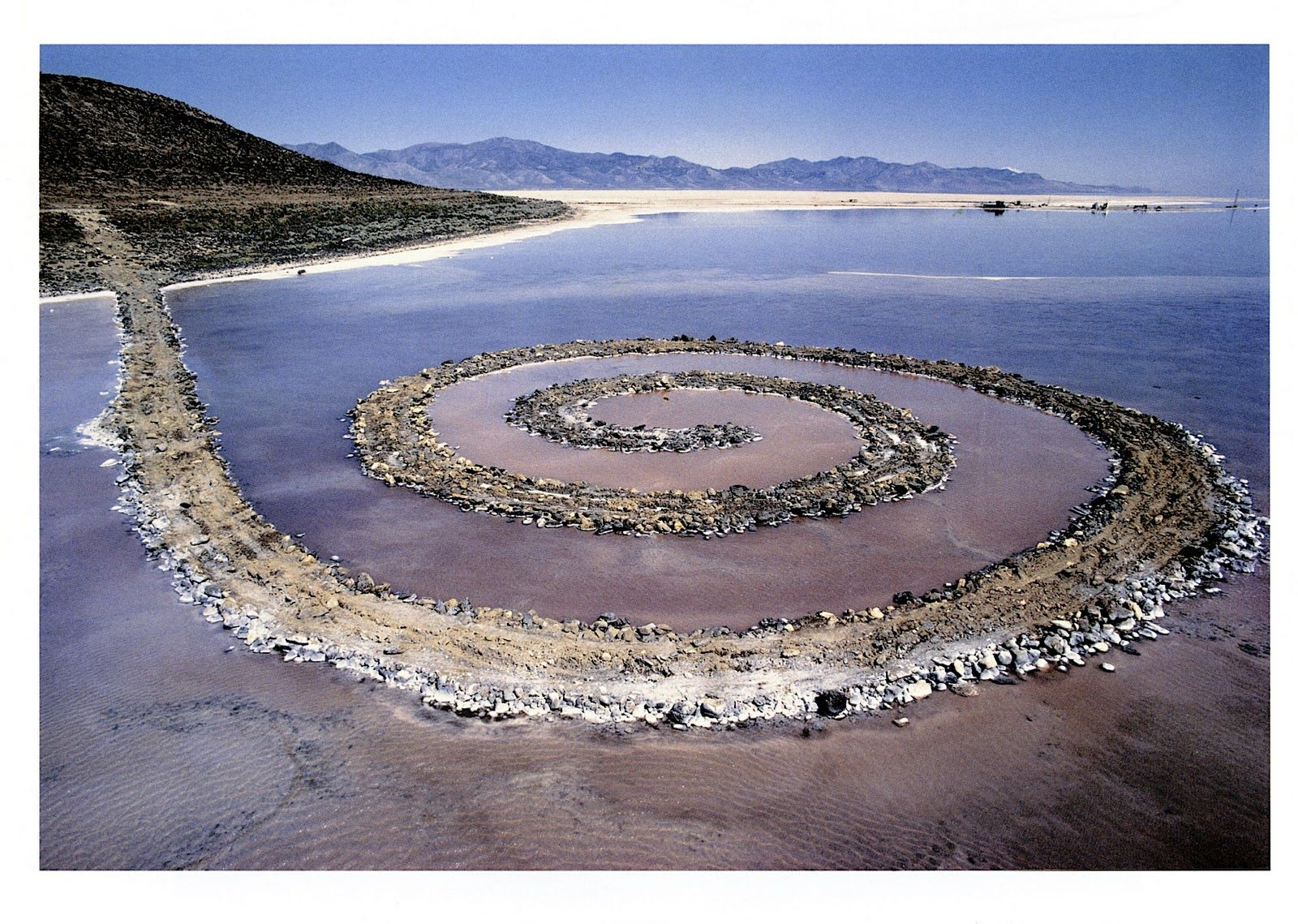 Spiral Jetty | Robert smithson, Spiral and Earth