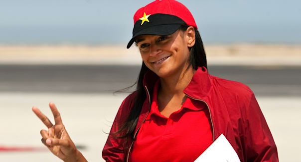 Angola has frozen the assets of Isabel dos Santos, the billionaire daughter of the country's previous leader, in a sign that President João Lourenço is taking a tougher line against the former first family…