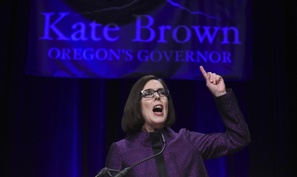 TYRANNY: Oregon Gov. Kate Brown Extends Lockdown to JULY 6 Despite Ranking 40th on State Coronavirus List with 104 Deaths in State of 4 Million!…