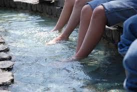 プロもびっくり 驚愕の足湯美容法|女性健康総合研究所 研究 ...