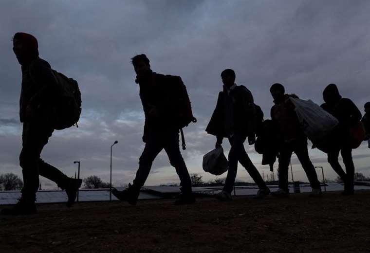 Más de 1.000 migrantes africanos llegaron a las islas ...