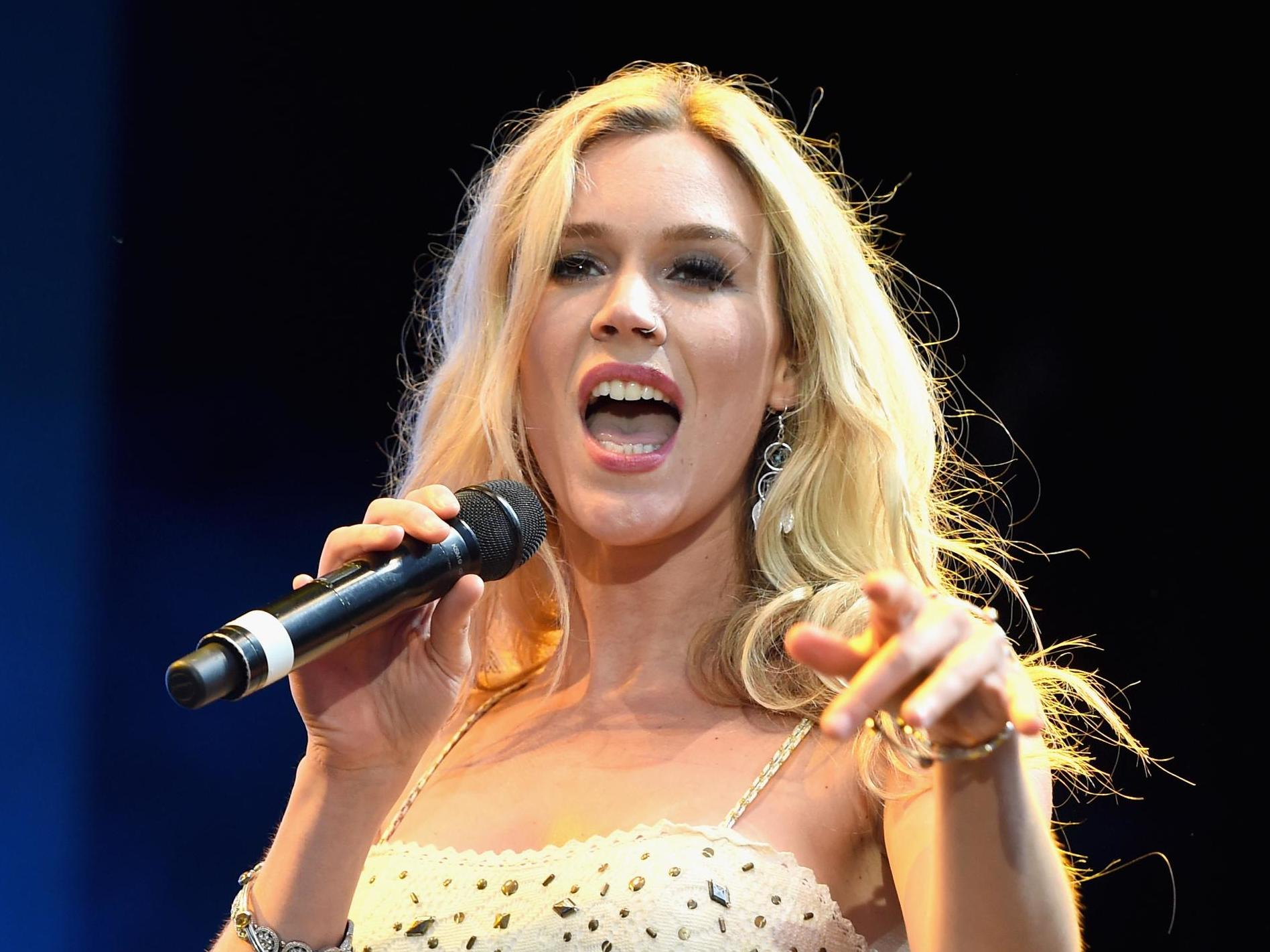 Joss Stone speaks about fear of crossing Syria border for ...