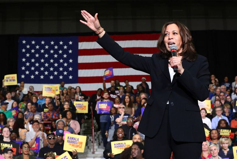 Kamala Harris promises teachers a raise if elected president | The Seattle Times