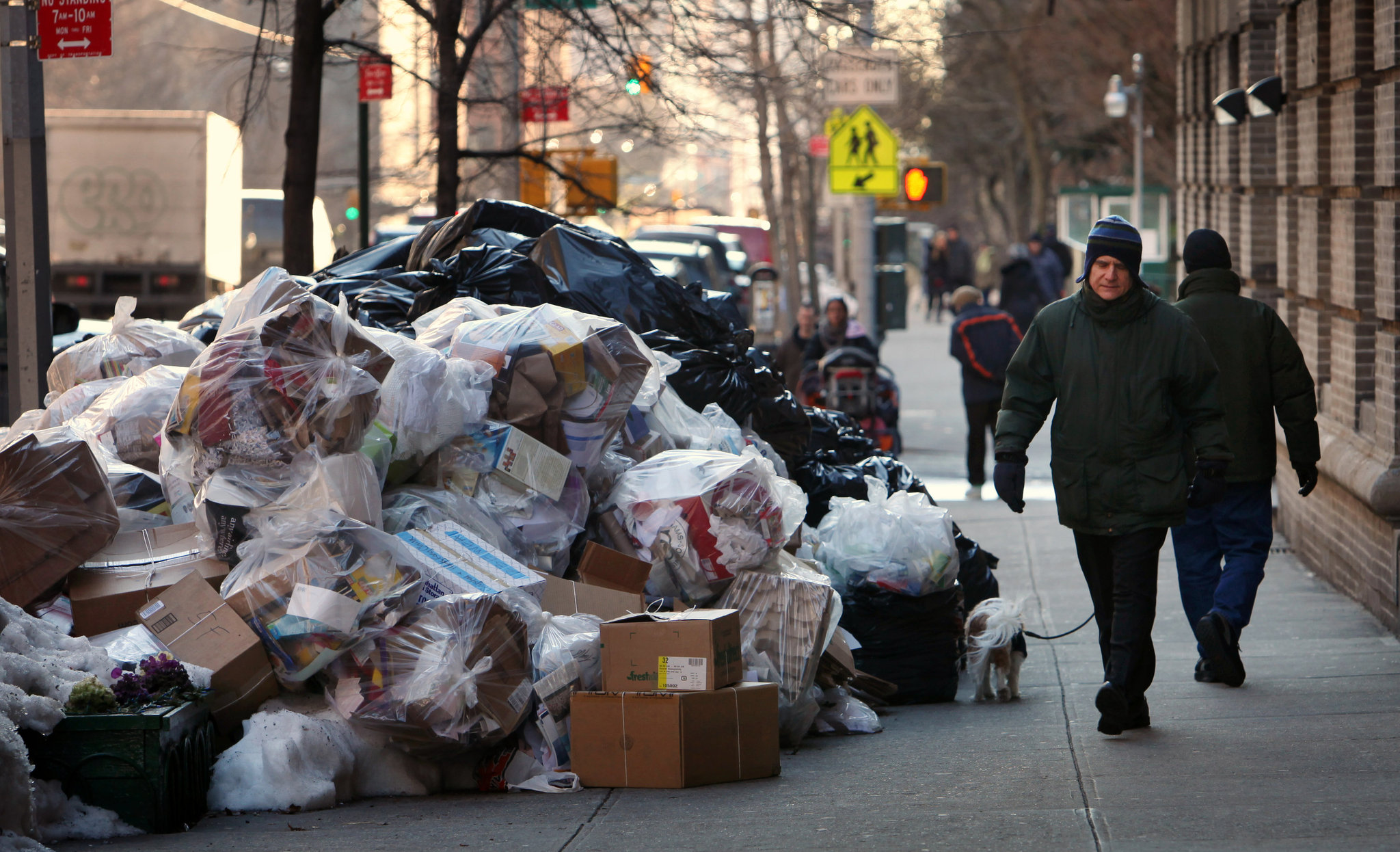 Average New Yorker Produces Over 2 Pounds of Garbage Per ...