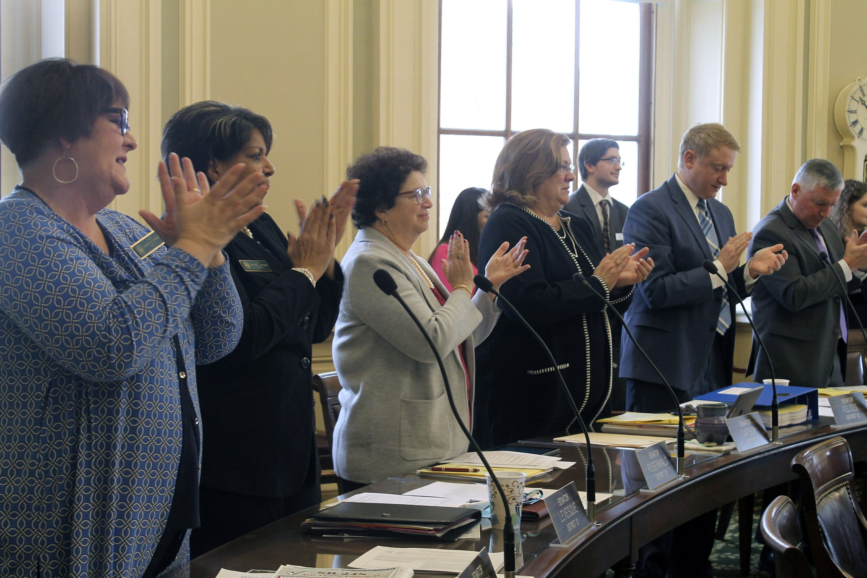 New Hampshire House passes red-flag gun bill…