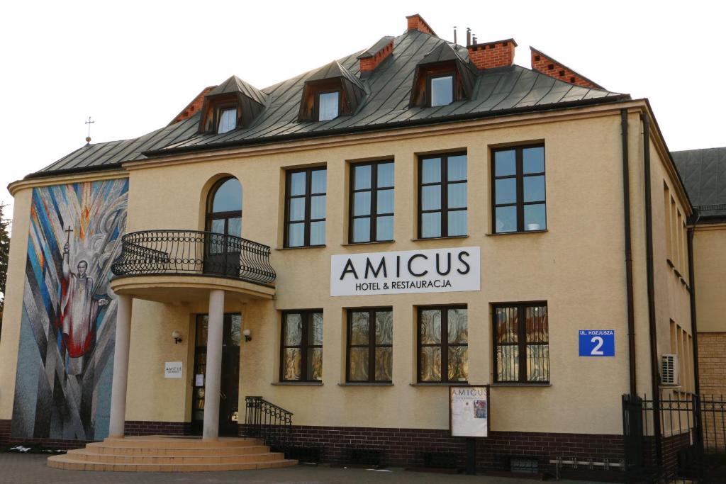 Amicus Żoliborz, Warszawa – aktualne ceny na rok 2019