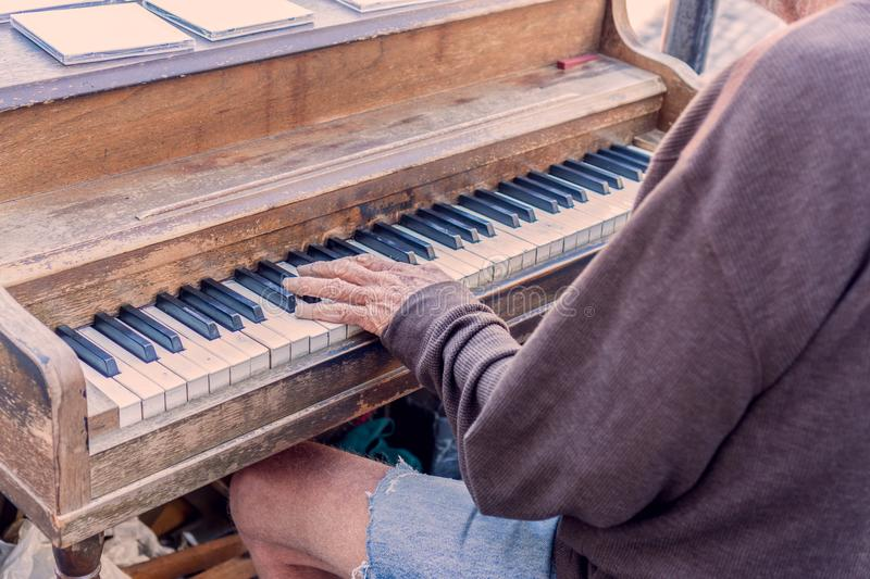 Piano Key- Middle C In Grunge Stock Image - Image of black ...