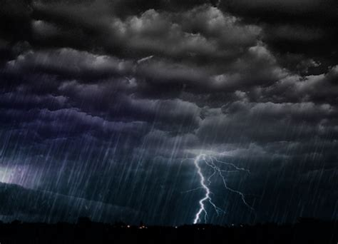 The meaning and symbolism of the word - «Storm»