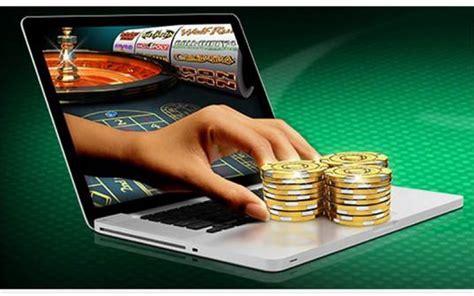 Play Fortuna Casino предлагает широкий выбор игровых аппаратов на деньги и бесплатно
