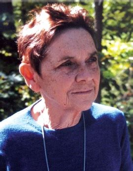 How to pronounce Adrienne Rich - PronounceItRight
