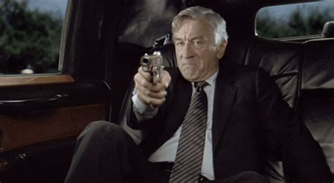Robert Deniro Gun GIF - Find & Share on GIPHY