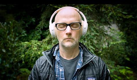 Moby, el DJ con amigos en la CIA - Radio Cantilo 101.9