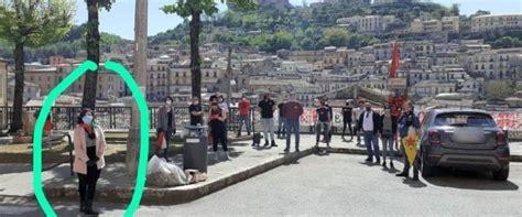 Cosenza, un fiore ai partigiani, multata presidente Anpi ...
