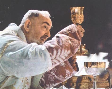 Un exorcista cuenta cómo el Padre Pío se hace presente en ...