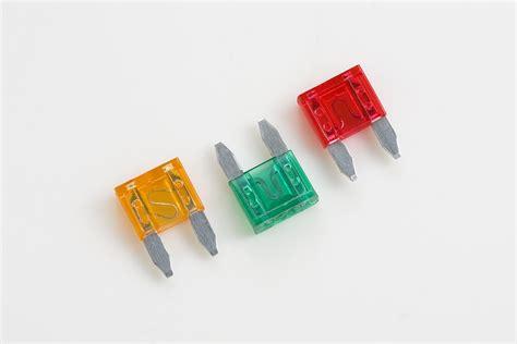 OptiFuse - Fuses - Miniature Automotive Blade - APM