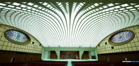 Why Was The Papal Audience Hall Building At The Vatican ...