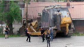 'Killdozer' documentary featuring the bulldozer rampage of ...