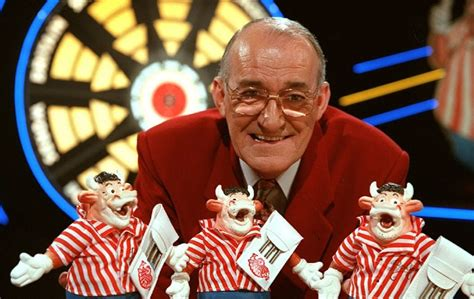 Bullseye host Jim Bowen dies at 80 after bout of ill ...