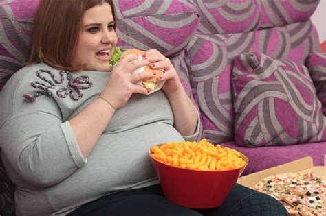 10 signs that you are eating too much fat