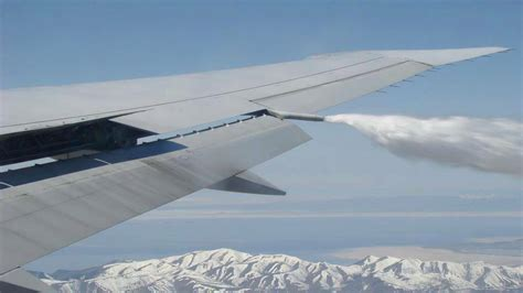 EXPOSED! Photos From INSIDE Chemtrail Planes Like You've ...