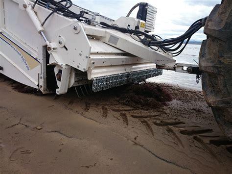 Beachcleaner remove sargasso, sargassum and seaweed